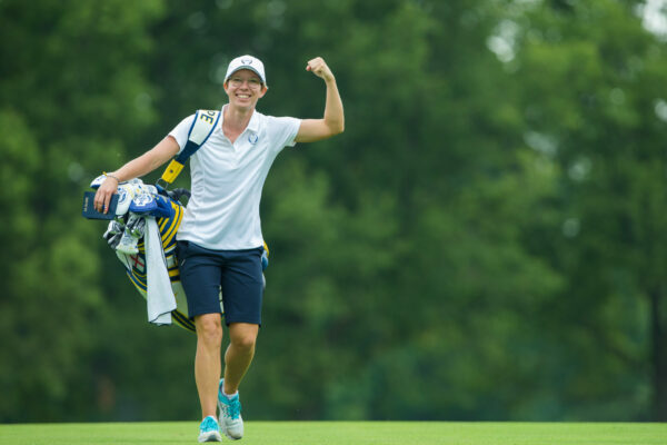 16/08/2017 Ladies European Tour 2017: The Solheim Cup, Des Moines Golf Country Club, Des Moines, Iowa. USA. 18-20 August 2017. Florentyna Parker's caddie Ann-Kathrin Lindner during the Wednesday practice round. Credit: Tristan Jones.